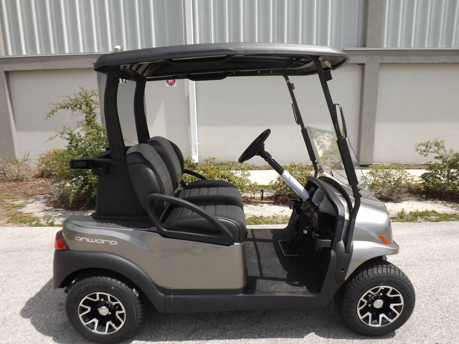 2020 Club Car Onward 2 Passenger Electric in Lakeland, Florida - Photo 3