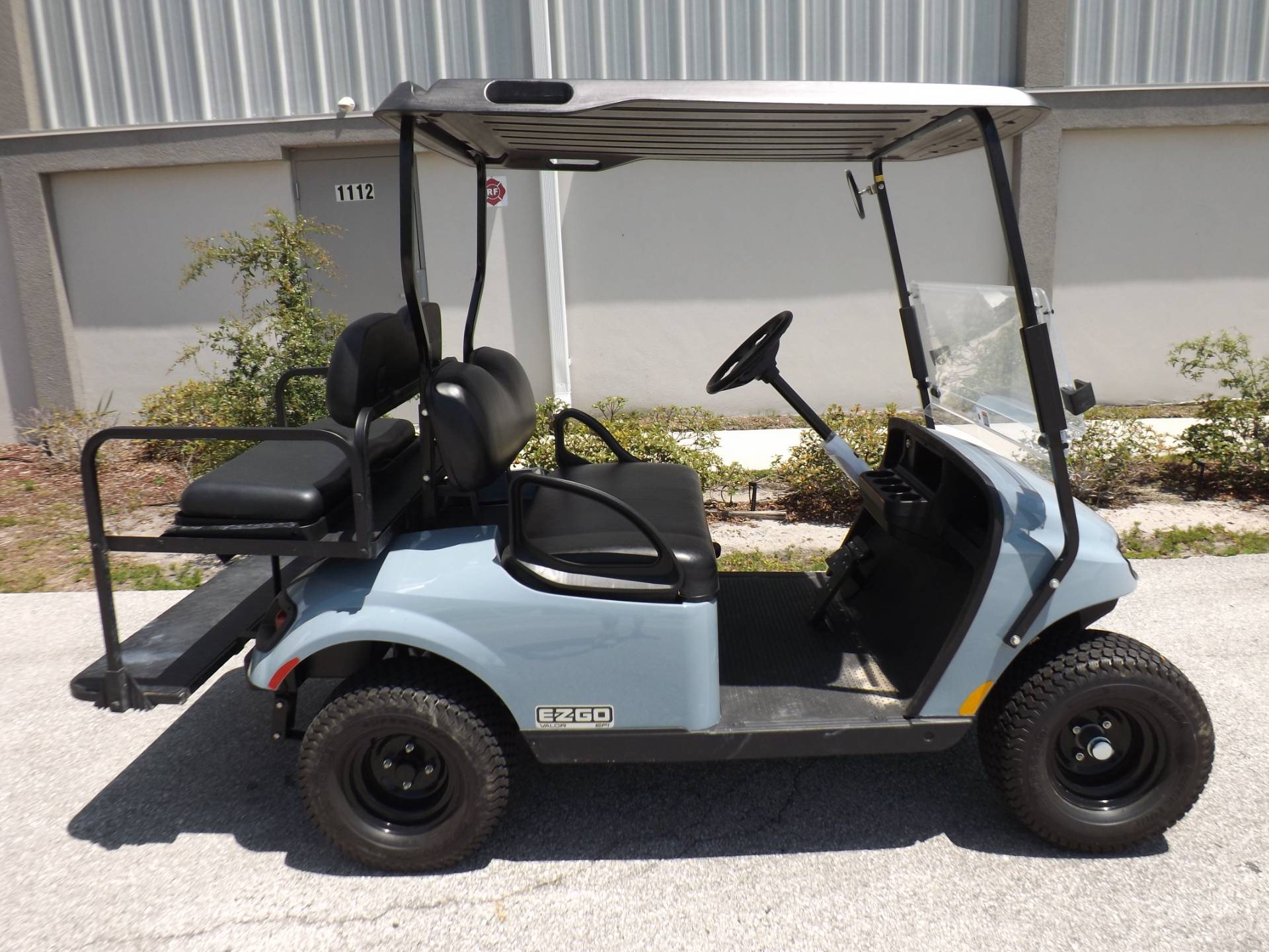 2020 E-Z-GO TXT Valor Gasoline in Lakeland, Florida - Photo 3