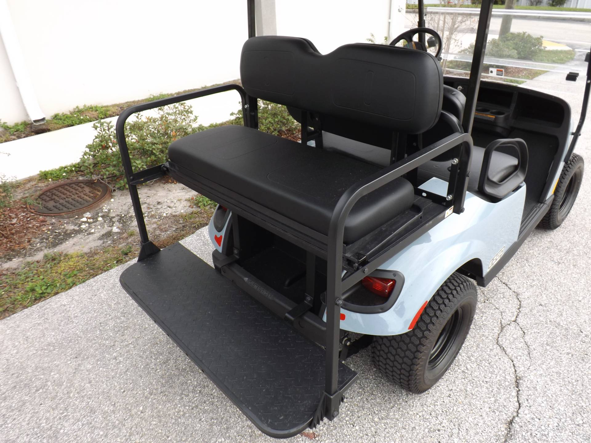 2020 E-Z-GO TXT Valor Gasoline in Lakeland, Florida - Photo 10
