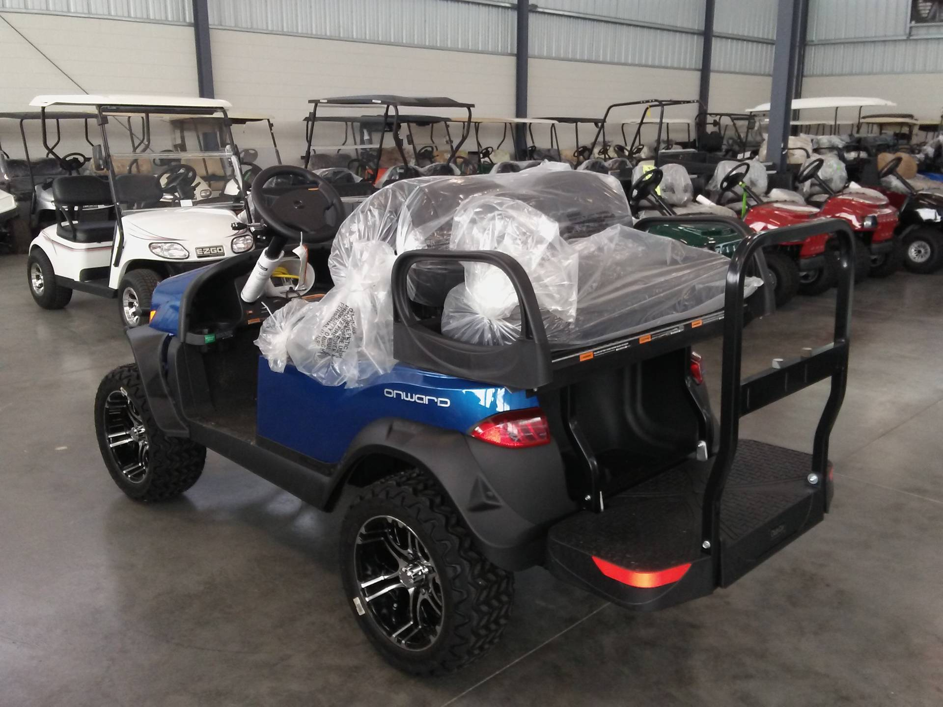 2019 Club Car Onward Lifted 4 Passenger Electric in Lakeland, Florida - Photo 2