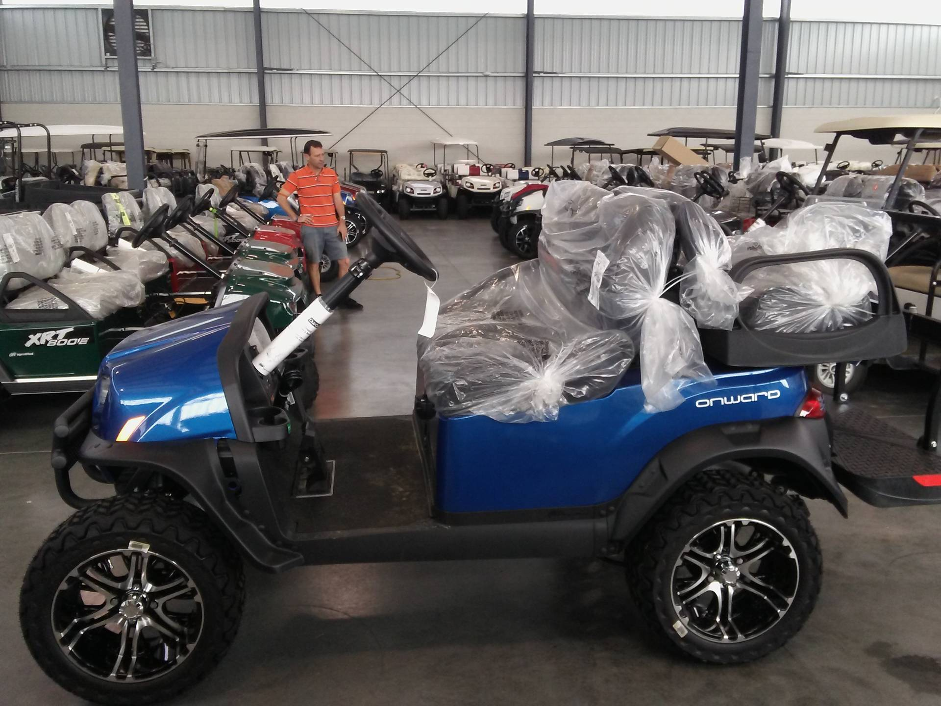 2019 Club Car Onward Lifted 4 Passenger Electric in Lakeland, Florida - Photo 3