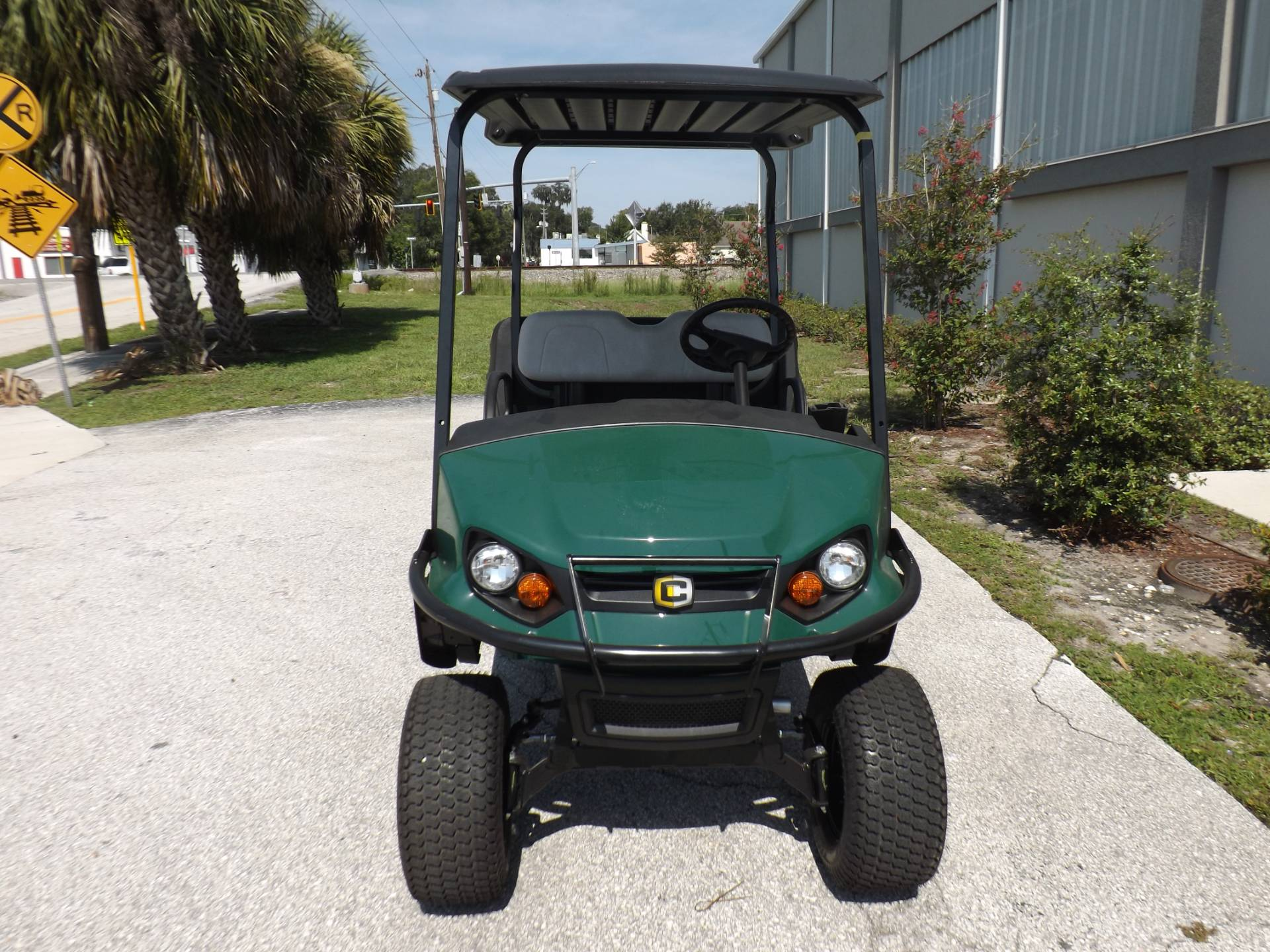 2020 Cushman Hauler 1200X Gas in Lakeland, Florida - Photo 2