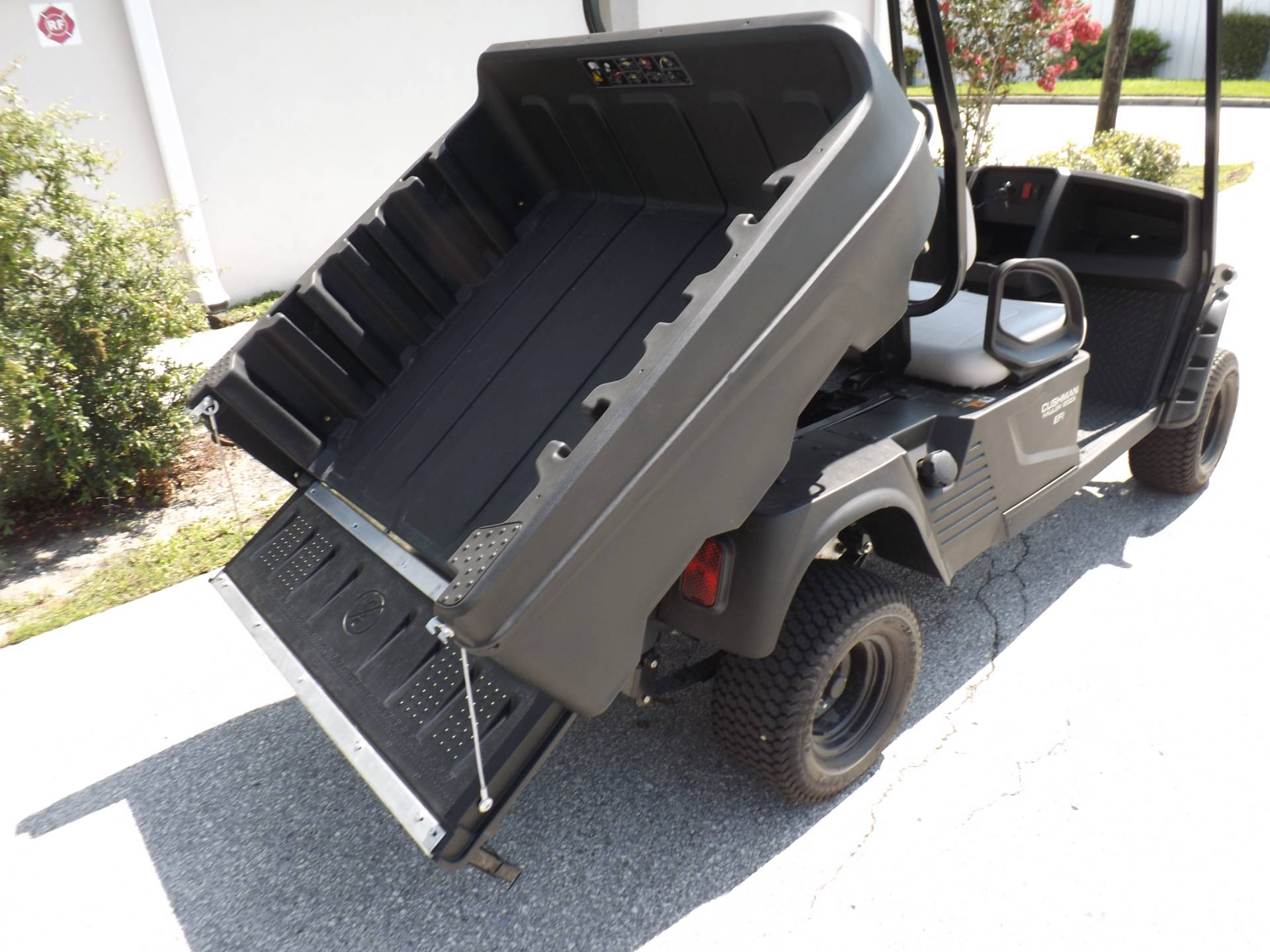 2020 Cushman Hauler 1200X Gas in Lakeland, Florida - Photo 14