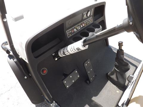 2019 Cushman Shuttle 8 EFI Gas in Lakeland, Florida - Photo 7