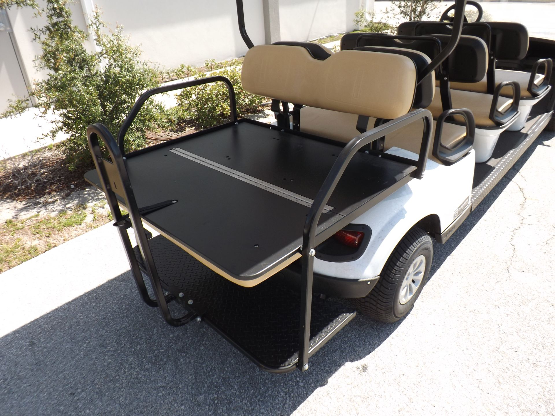 2019 Cushman Shuttle 8 EFI Gas in Lakeland, Florida - Photo 15