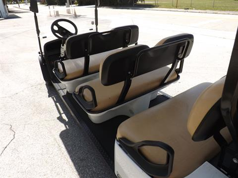 2019 Cushman Shuttle 8 EFI Gas in Lakeland, Florida - Photo 17