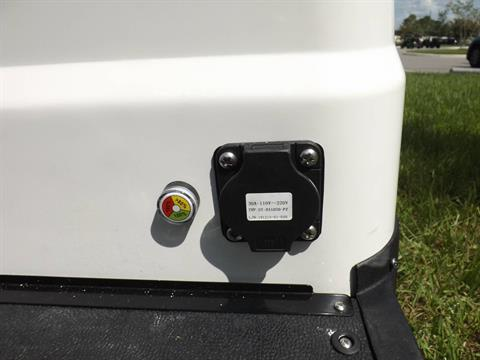 2020 Icon i20 Electric in Lakeland, Florida - Photo 17