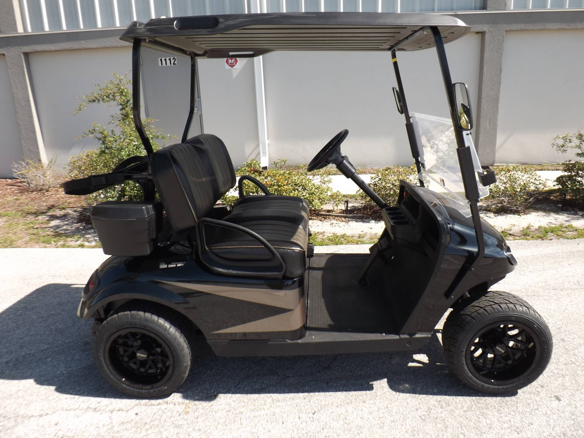 2017 E-Z-GO Golf TXT Electric in Lakeland, Florida - Photo 3