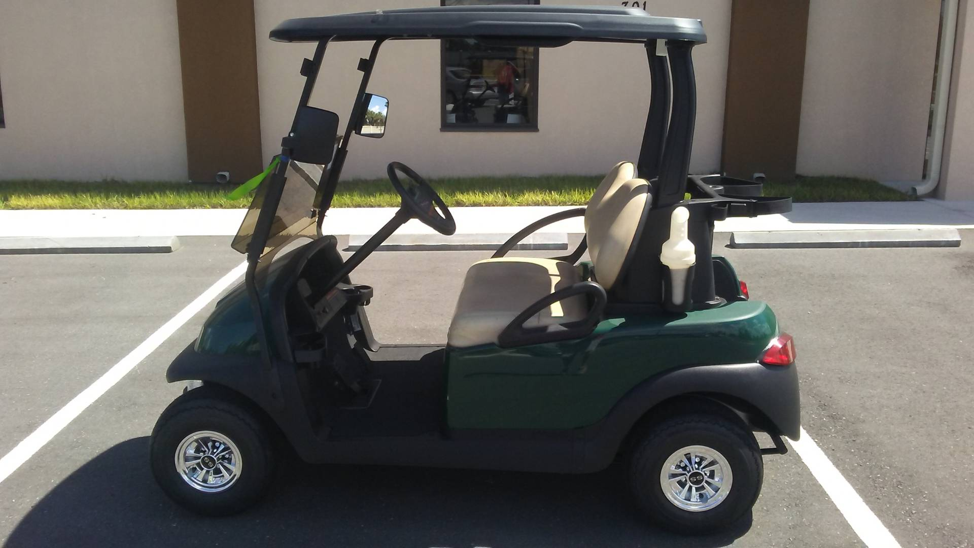 2015 Club Car Precedent i2 Electric in Lakeland, Florida - Photo 3