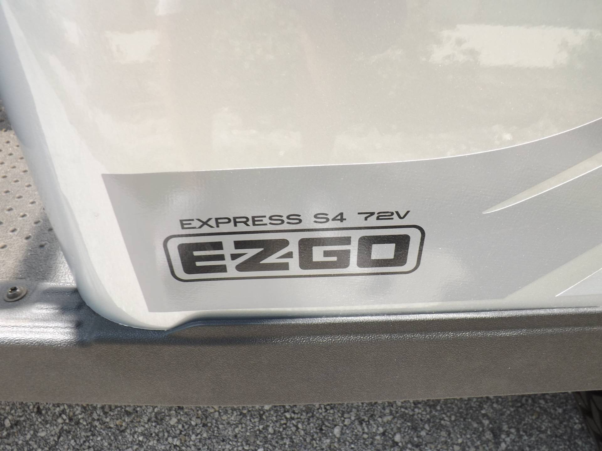 2020 E-Z-GO Express S4 72-Volt in Lakeland, Florida - Photo 18