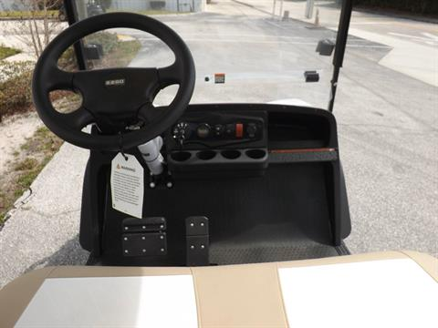 2020 E-Z-GO Express S4 72-Volt in Lakeland, Florida - Photo 6