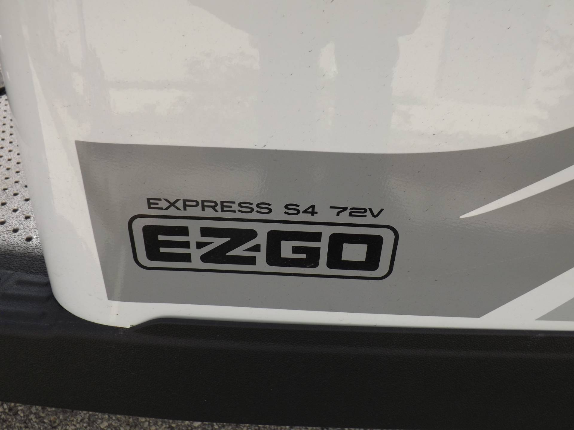 2020 E-Z-GO Express S4 72-Volt in Lakeland, Florida - Photo 15