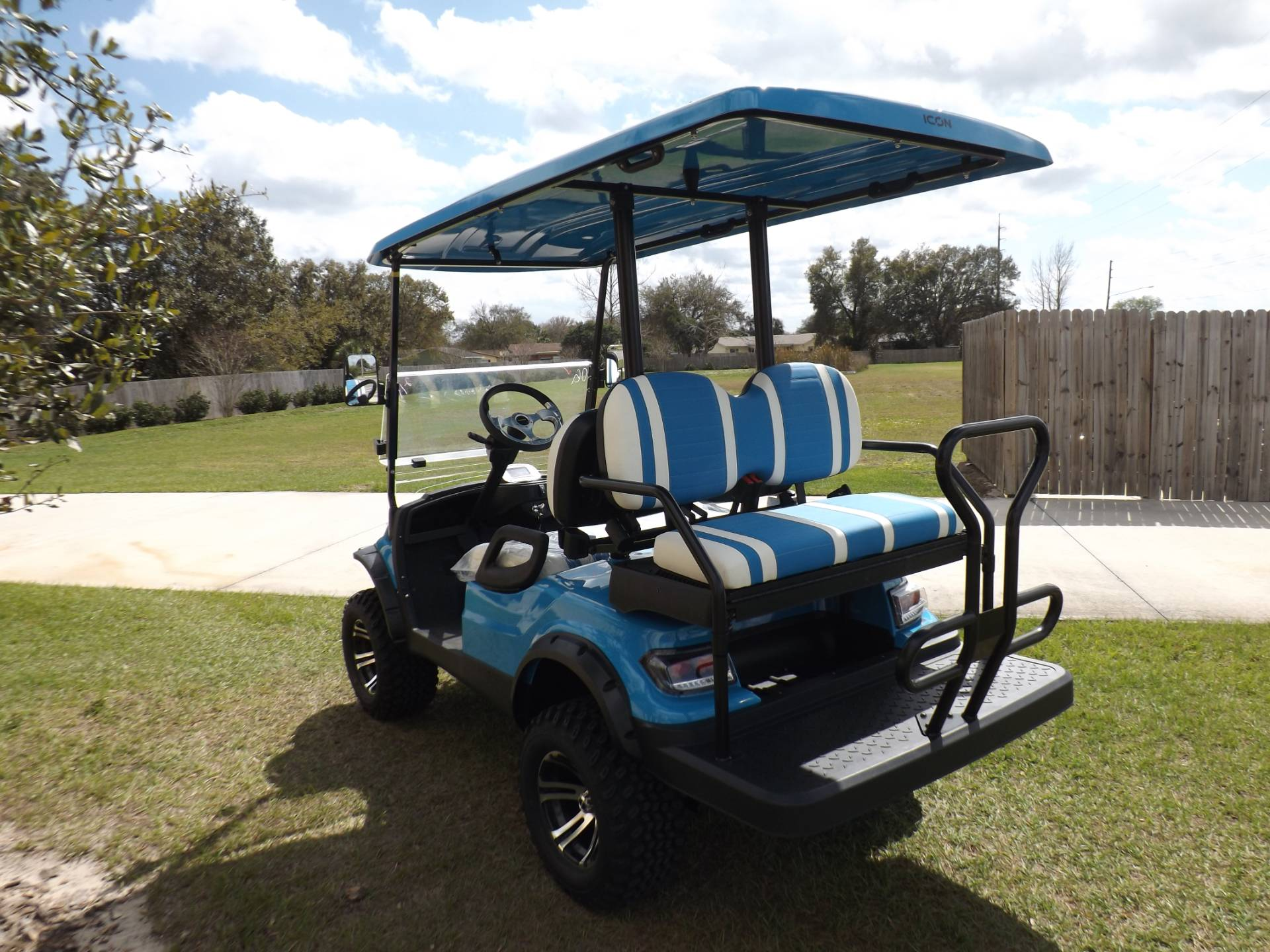2021 Icon i40L Electric (Lifted) in Lakeland, Florida - Photo 5