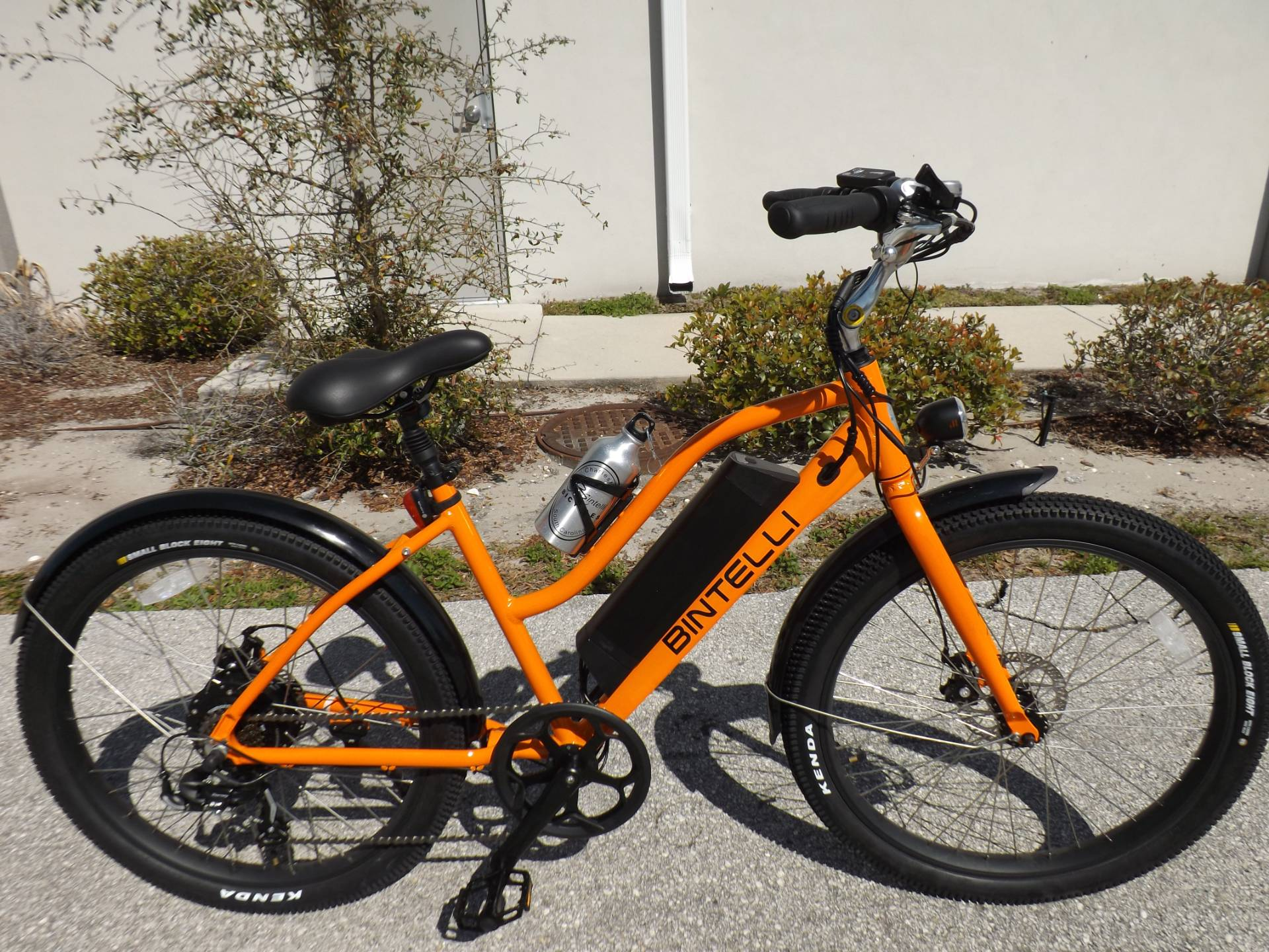 2021 Bintelli B1 ELECTRIC CRUISER BIKE in Lakeland, Florida - Photo 3