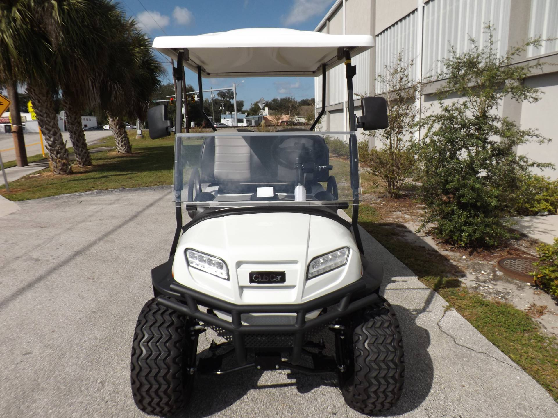 2021 Club Car Onward Lifted 4 Passenger Electric in Lakeland, Florida - Photo 2