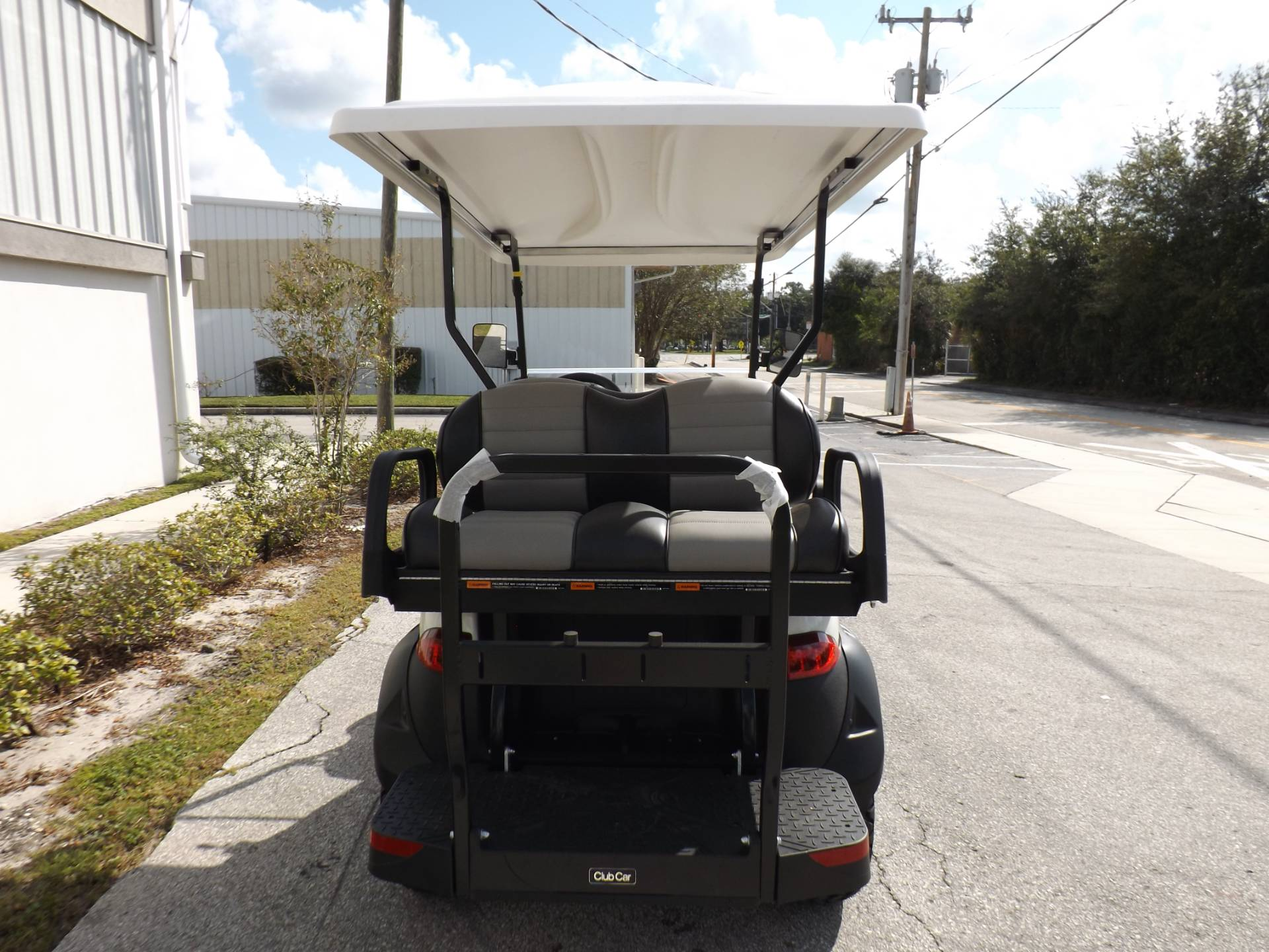 2021 Club Car Onward Lifted 4 Passenger Electric in Lakeland, Florida - Photo 4