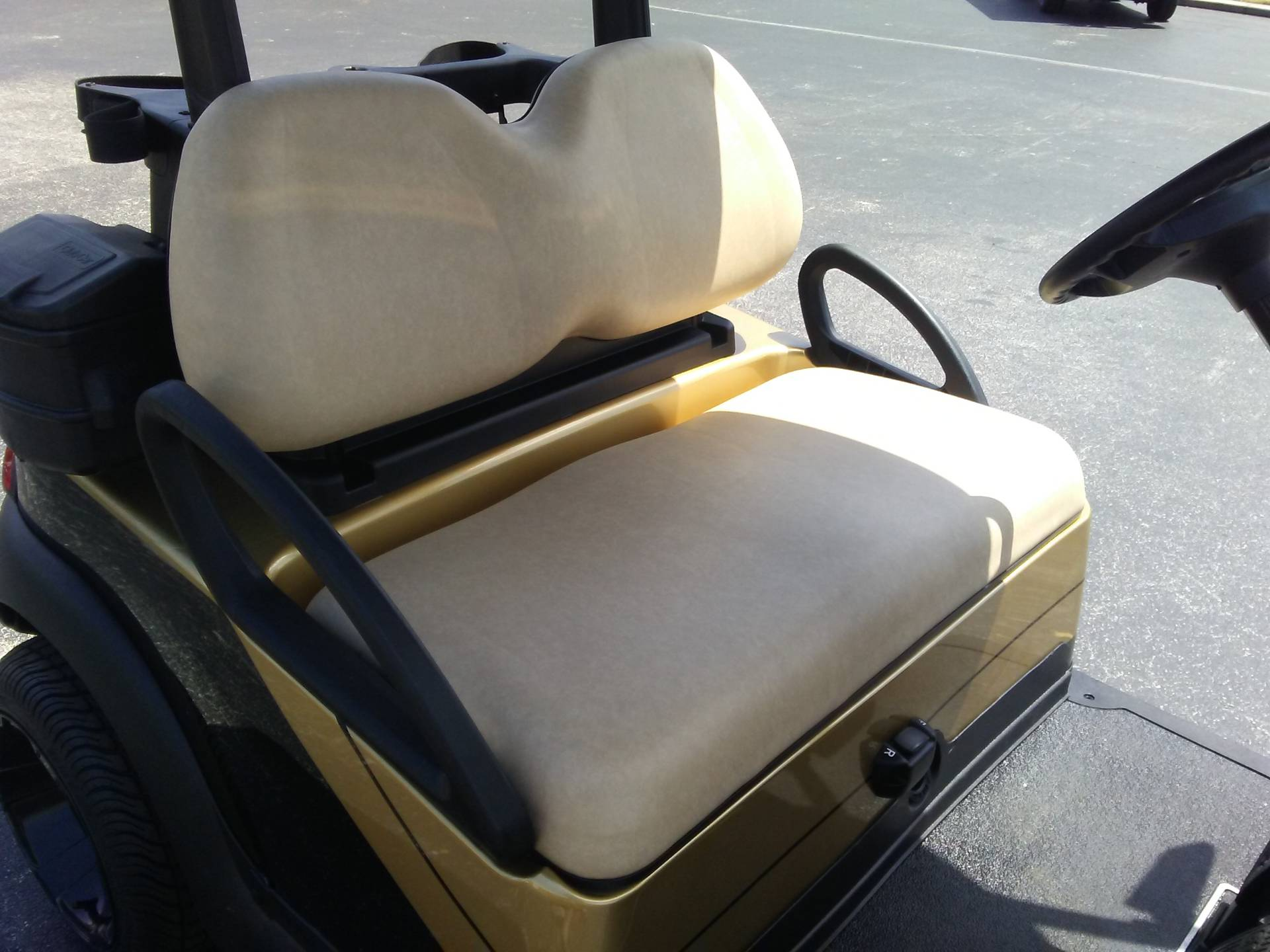 2018 Club Car Precedent i2 Electric in Lakeland, Florida - Photo 9