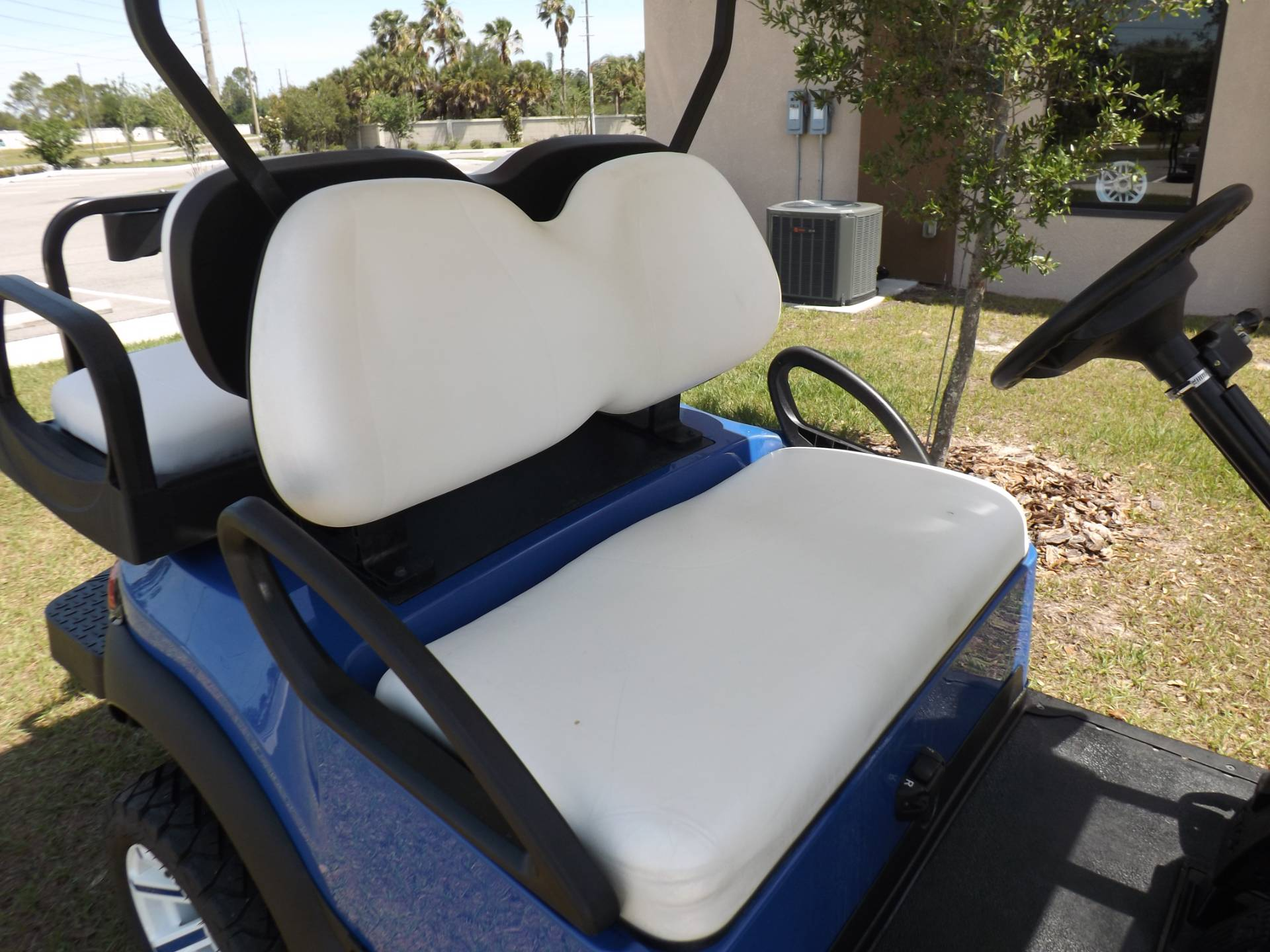2017 Club Car Precedent i2 Electric in Lakeland, Florida - Photo 10