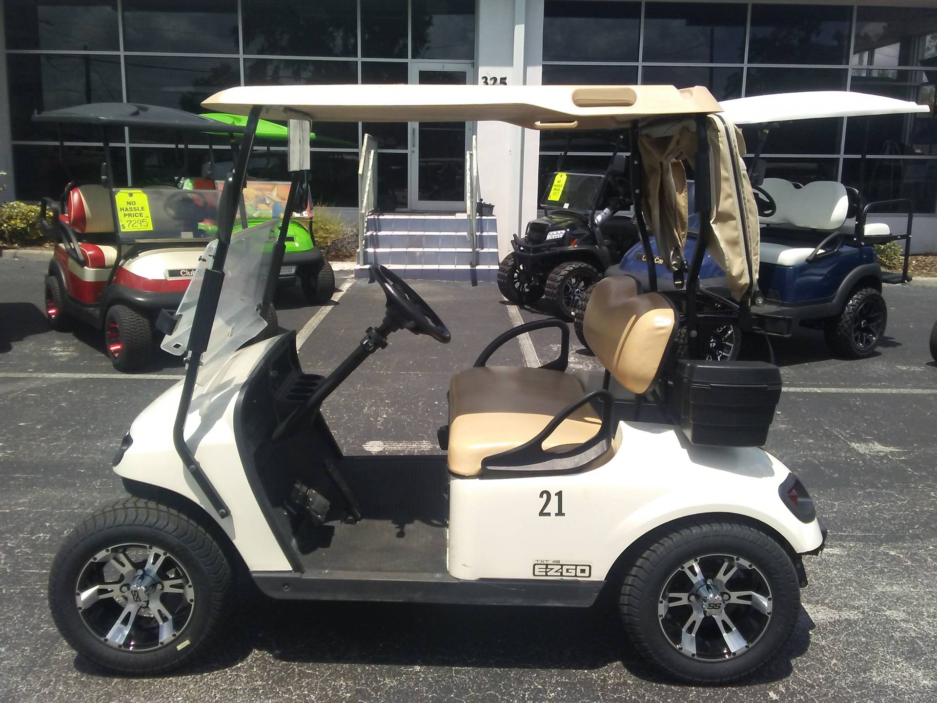 2016 E-Z-GO TXT Electric in Lakeland, Florida - Photo 3