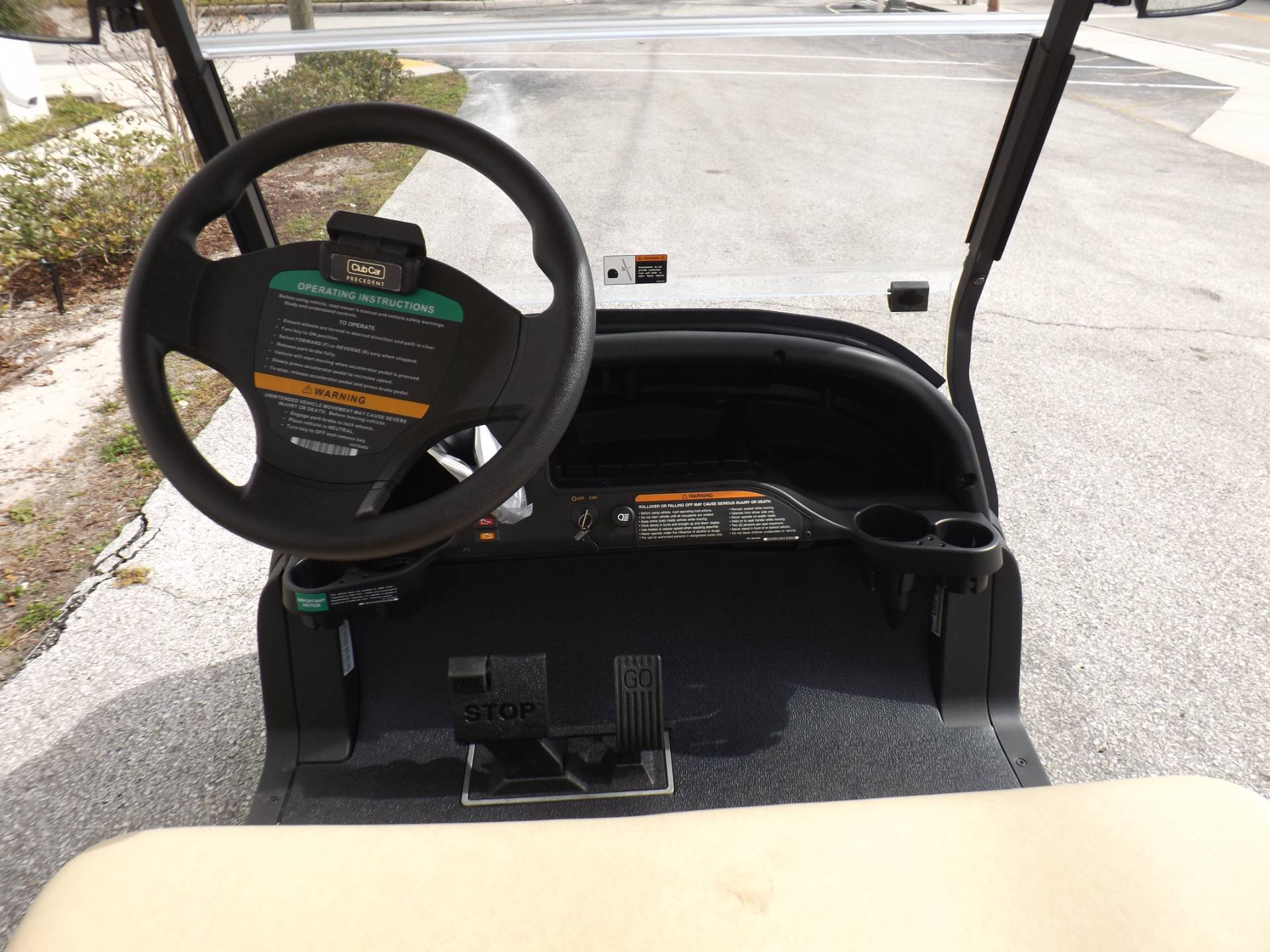 2020 Club Car Villager 2 Gas in Lakeland, Florida - Photo 6