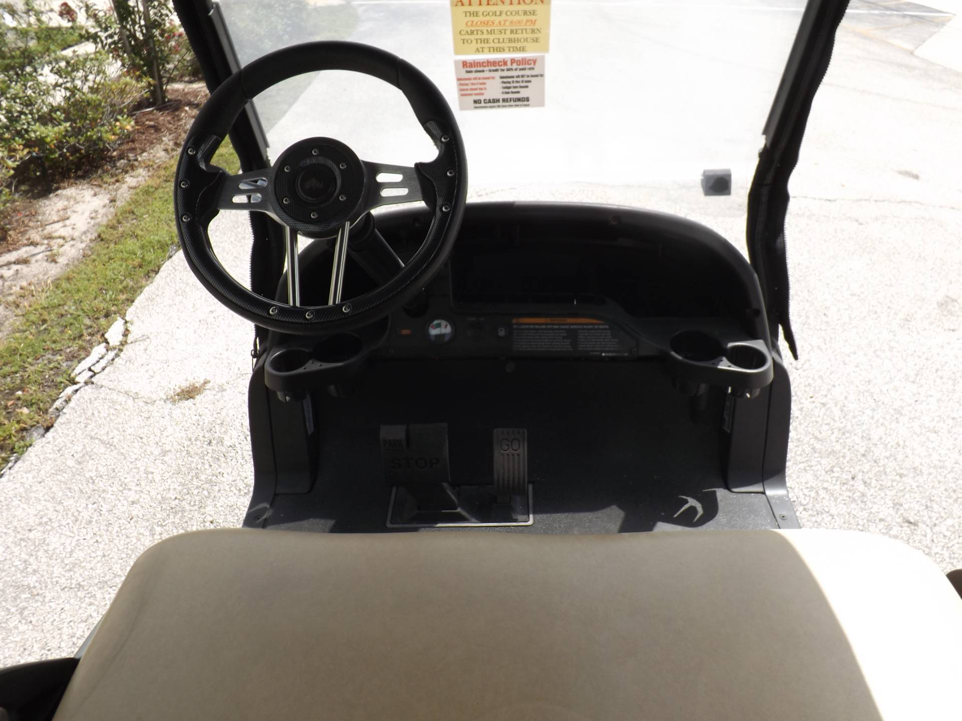2018 Club Car Precedent i2 Electric in Lakeland, Florida - Photo 6