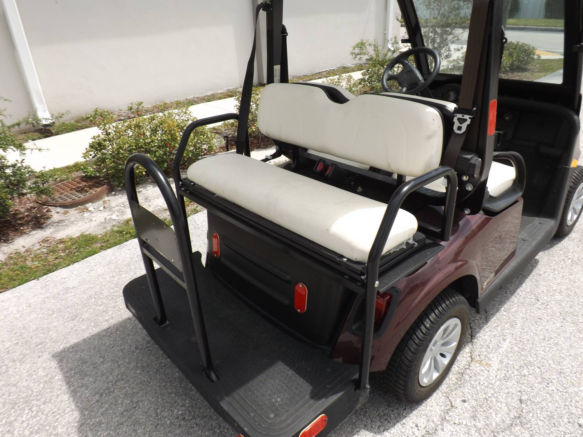 2019 E-Z-GO 2FIVE LSV - 4 Passenger in Lakeland, Florida - Photo 14