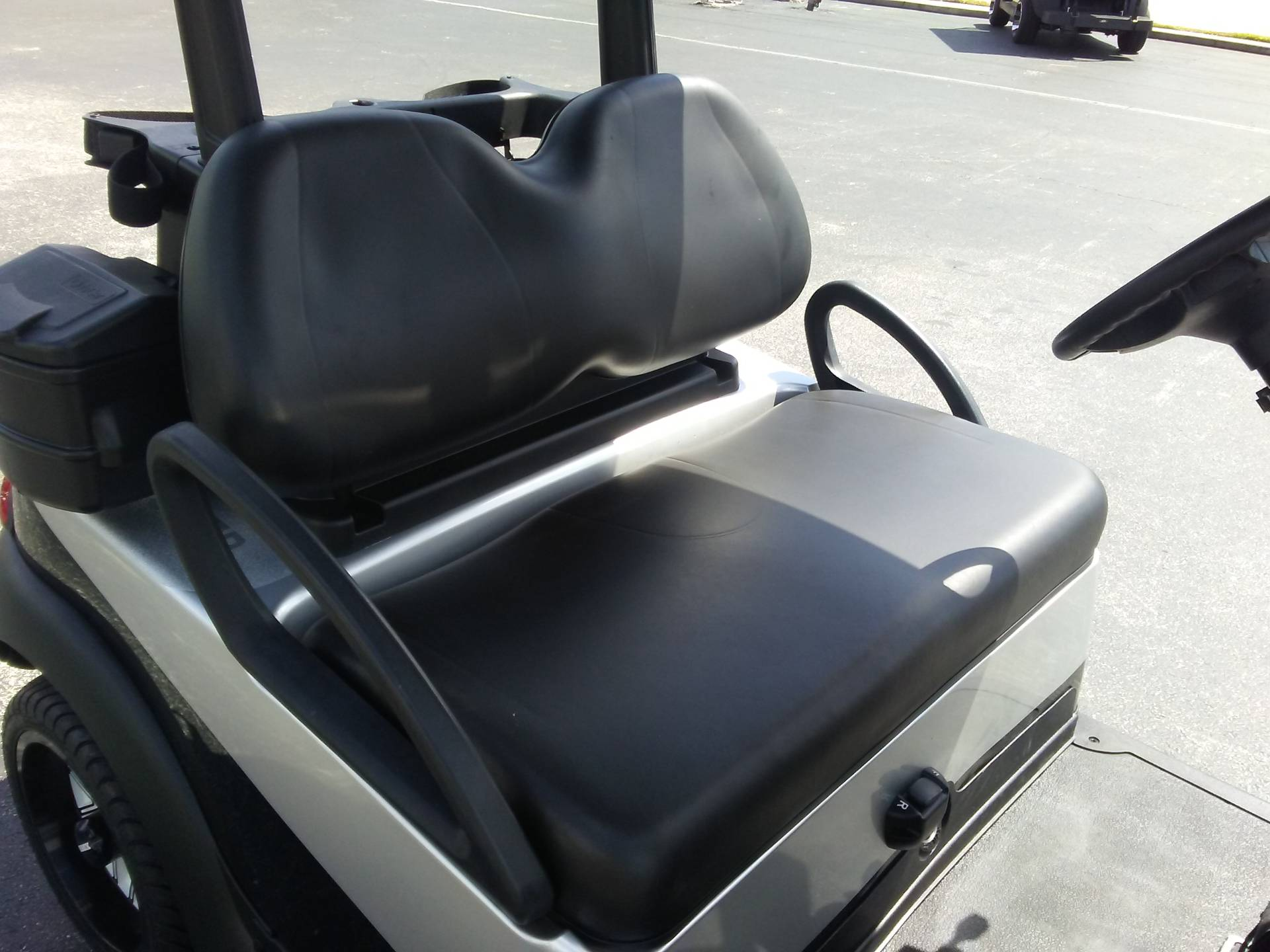 2018 Club Car Precedent i2 Electric in Lakeland, Florida - Photo 10