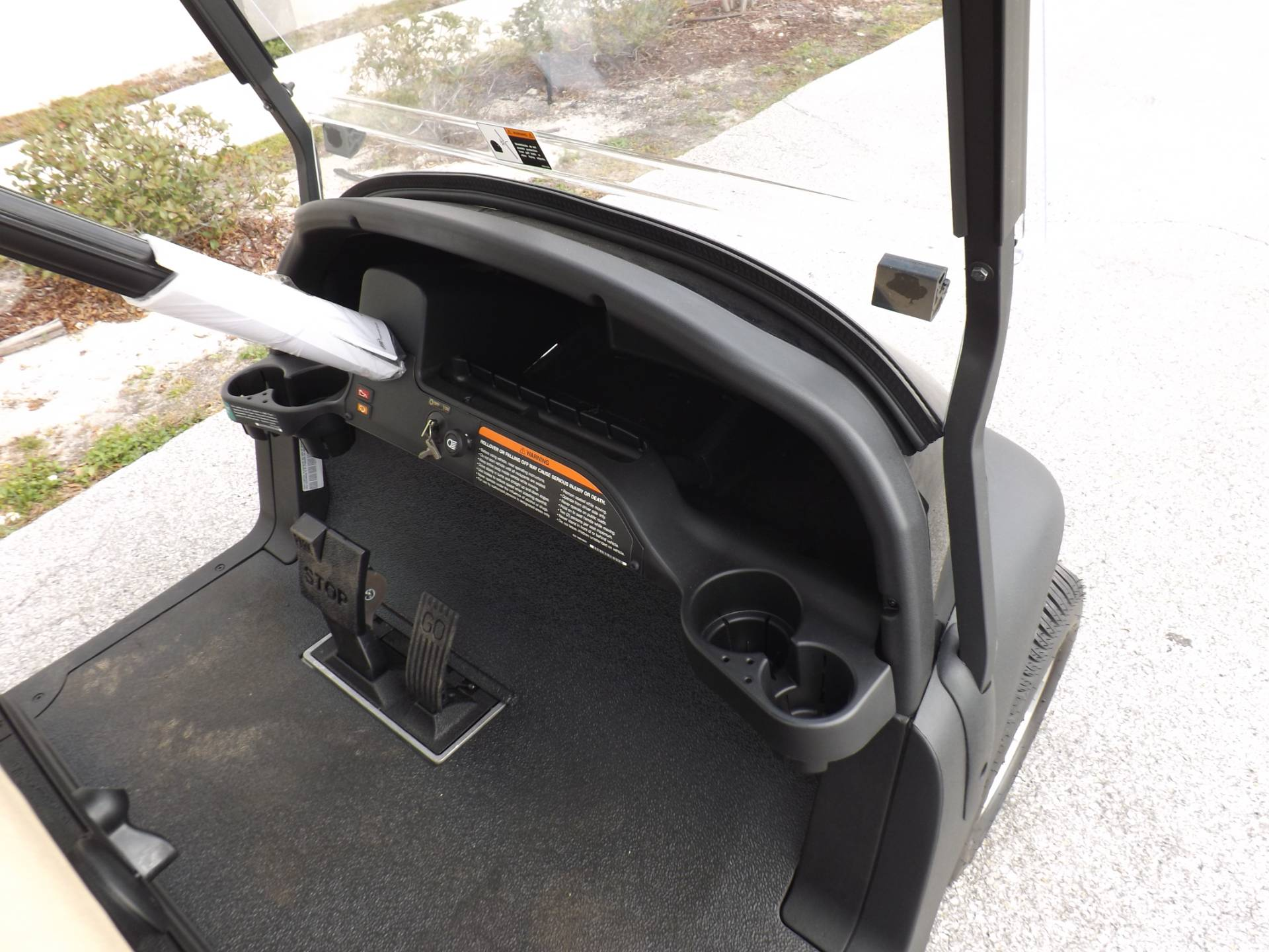 2020 Club Car Villager 2 Gas in Lakeland, Florida - Photo 8