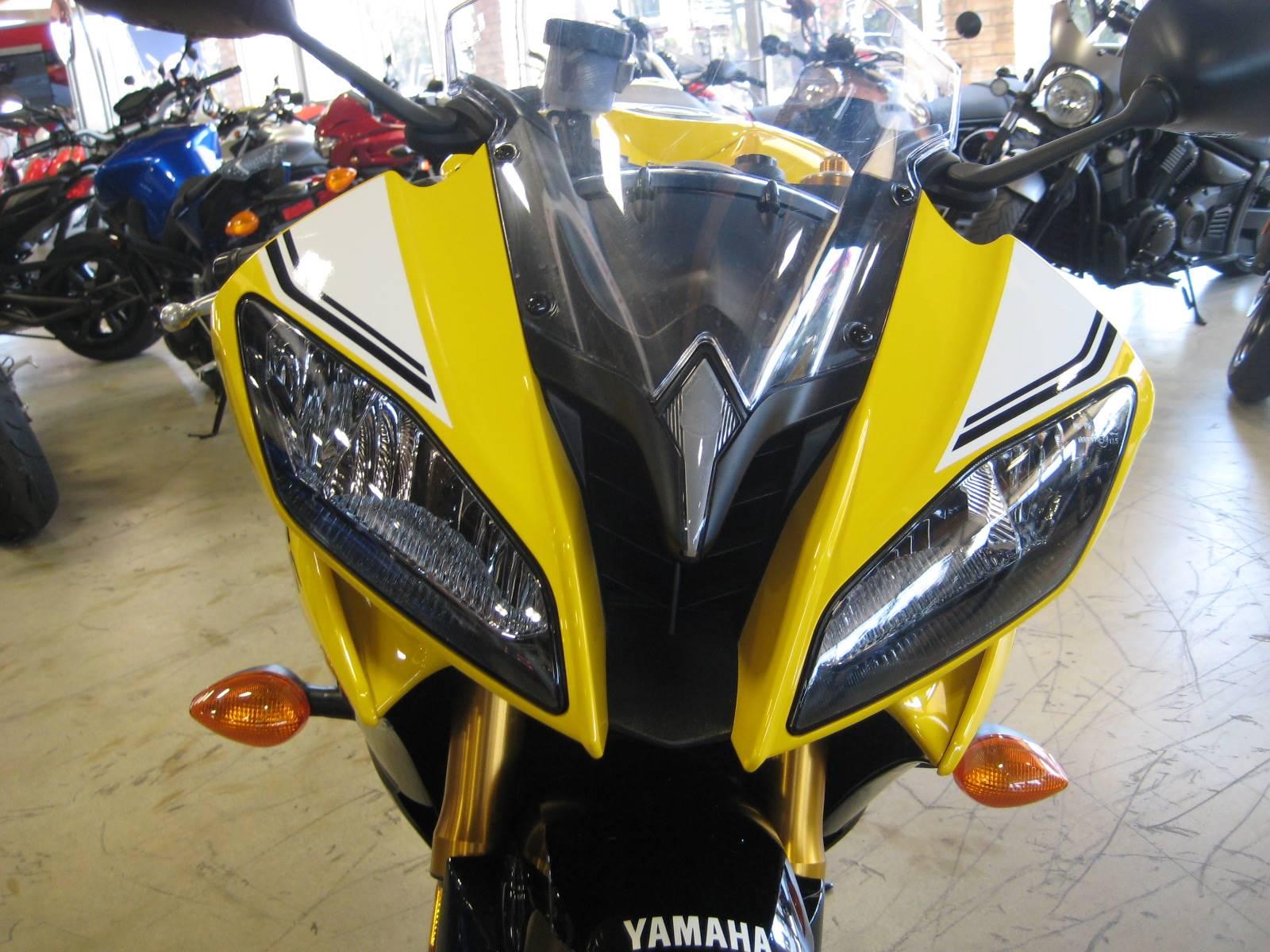 2016 Yamaha YZF-R6 3