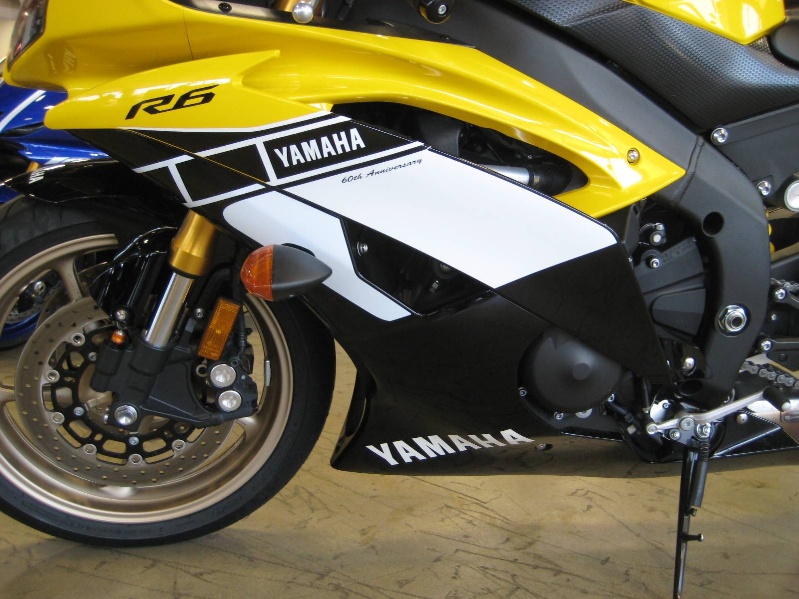 2016 Yamaha YZF-R6 11