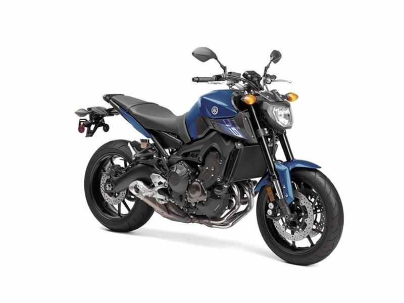 2016 Yamaha FZ-09 5