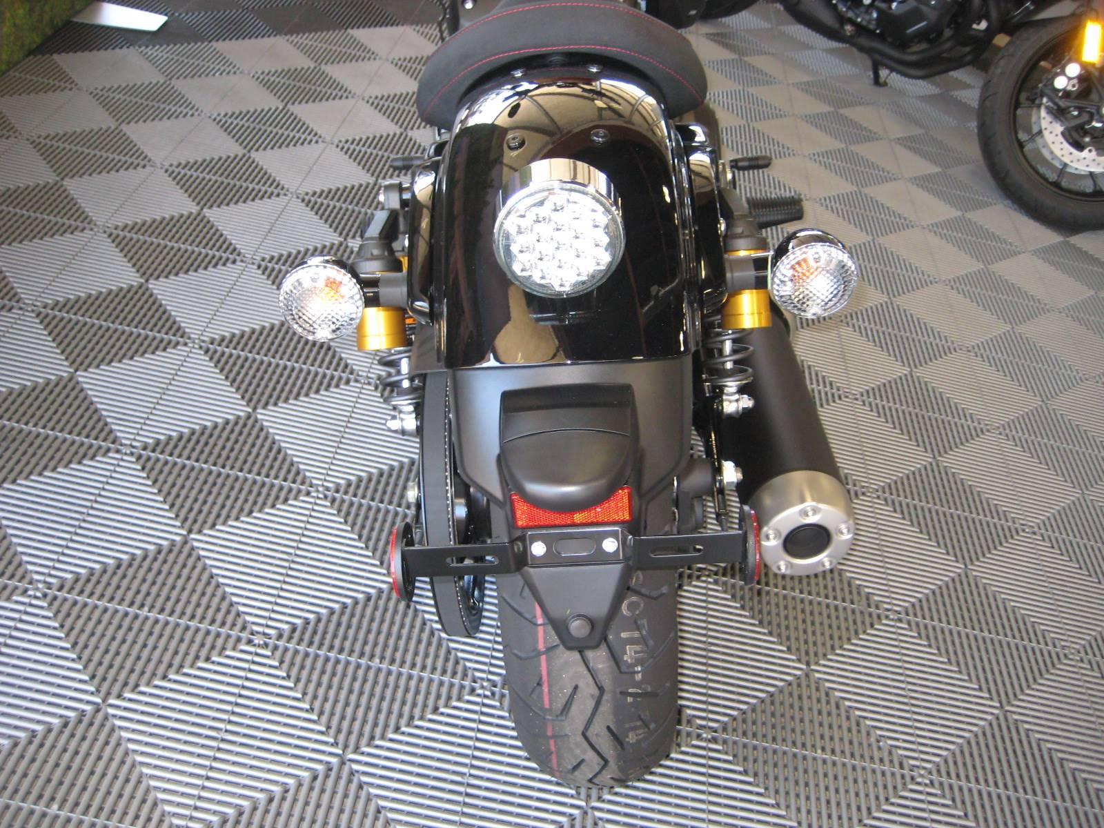 2017 Yamaha Bolt R-Spec 2