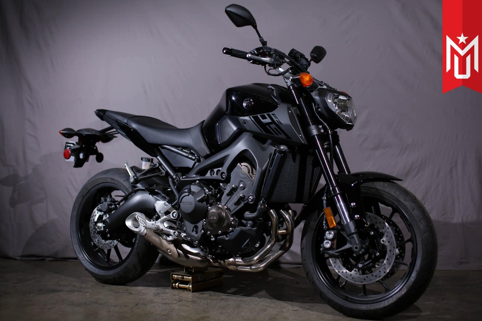 2016 Yamaha FZ-09 2