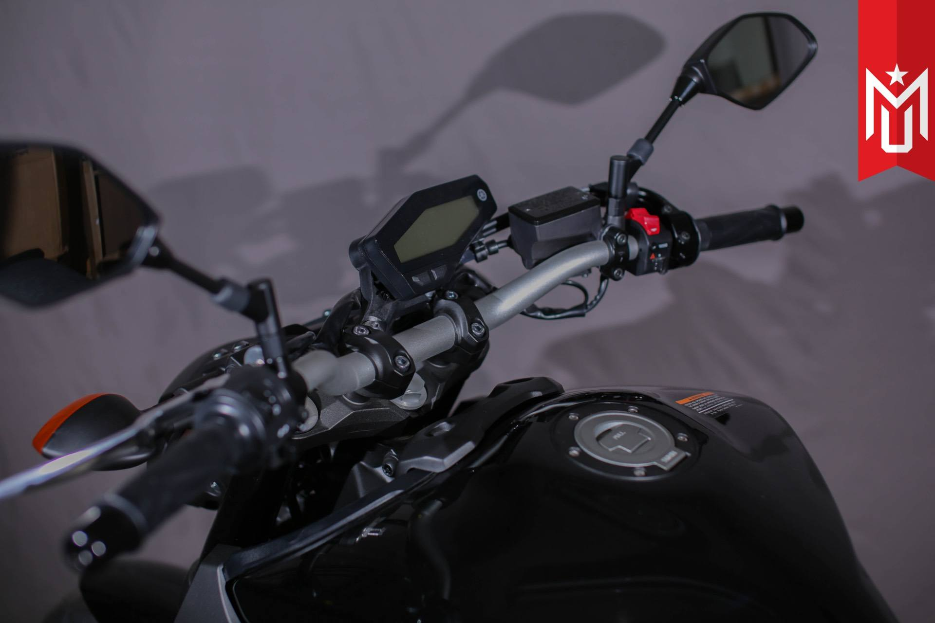 2016 Yamaha FZ-09 6