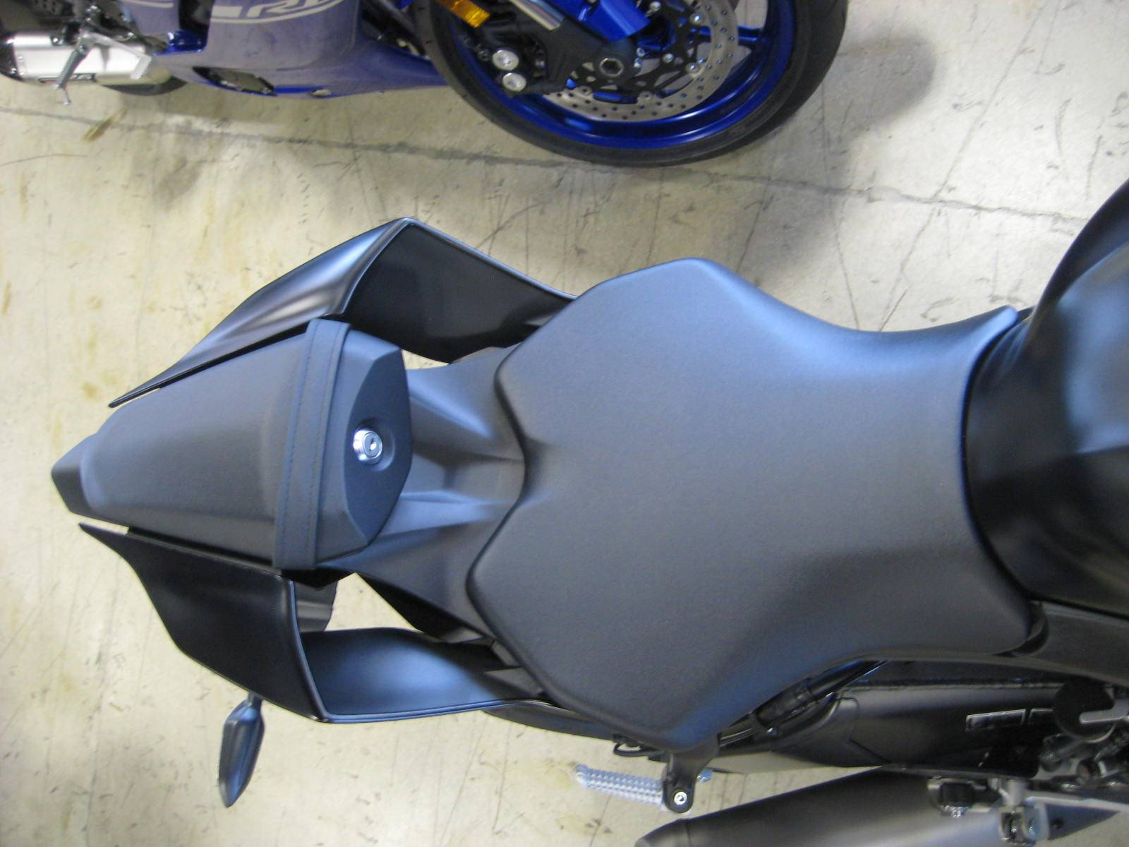 2017 Yamaha YZF-R6 9