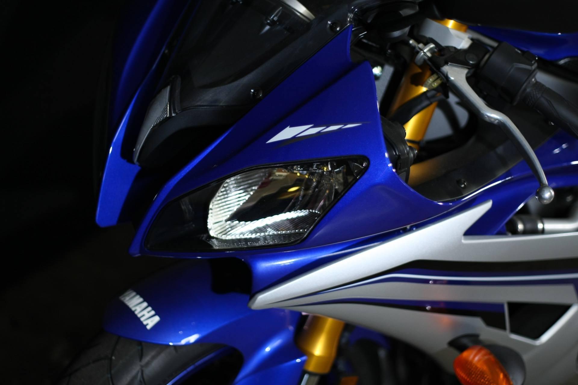 2016 Yamaha YZF-R6 12