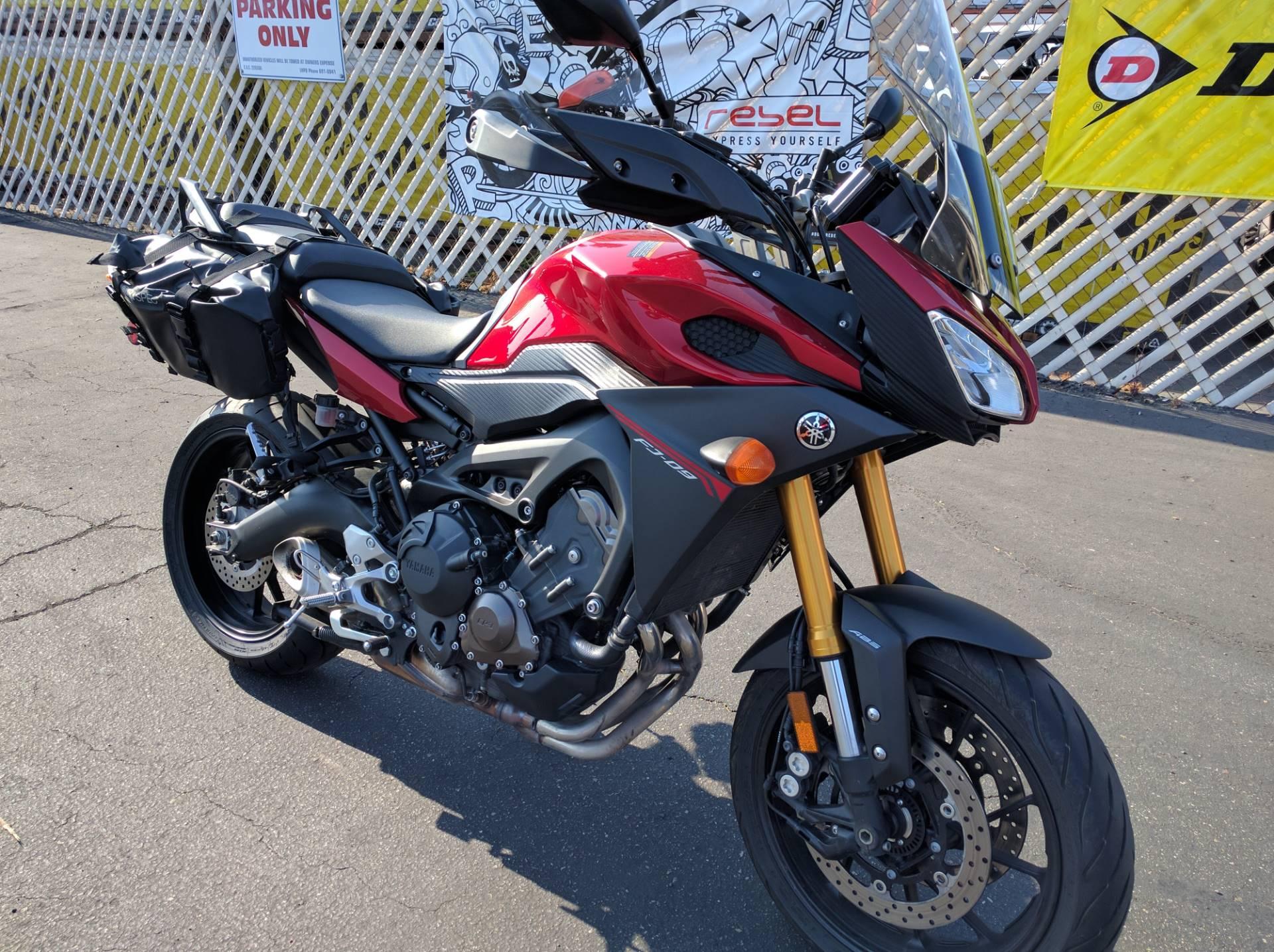 2015 Yamaha FJ-09 3