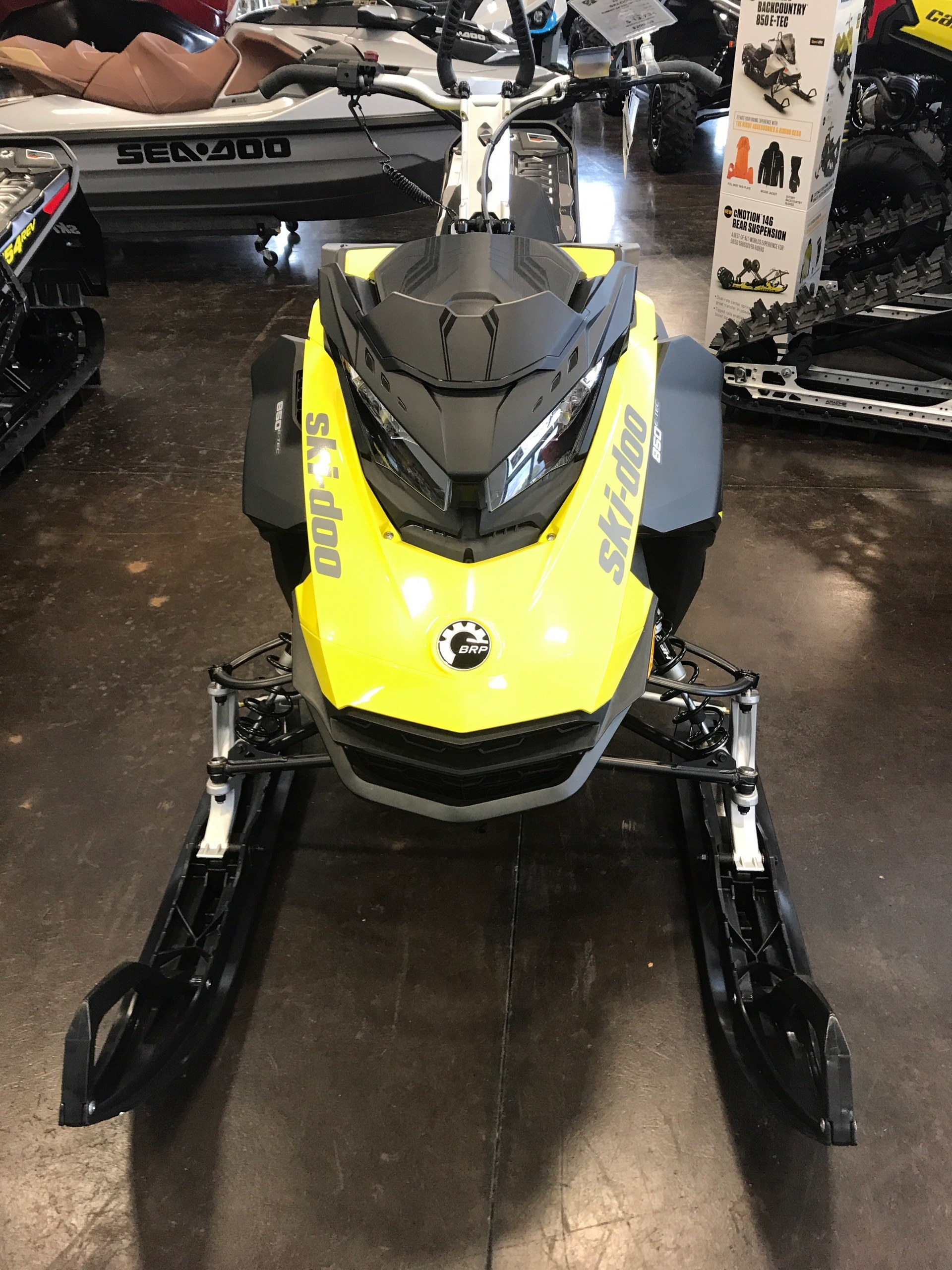 2018 Ski-Doo Summit SP 154 850 E-TEC SS, PowderMax Light 3.0 in Portland, Oregon