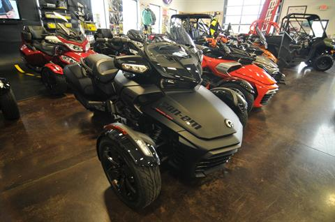 2016 Can-Am Spyder F3 Limited Special Series in Portland, Oregon