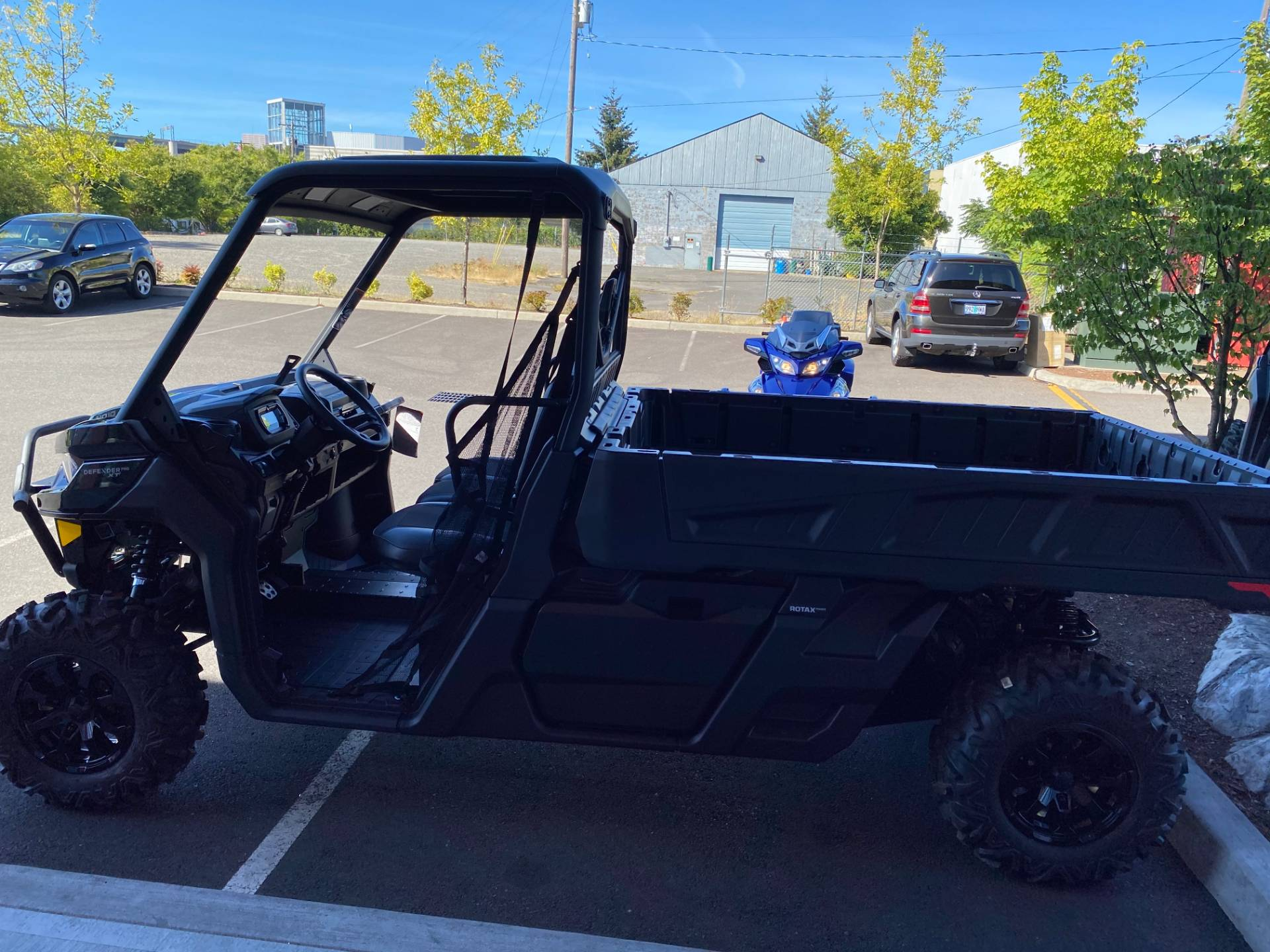 2020 Can-Am Defender Pro XT HD10 in Portland, Oregon - Photo 5