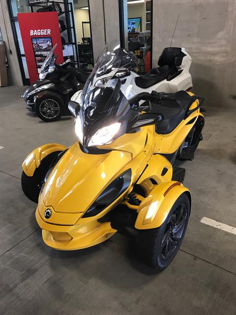 2013 Can-Am Spyder® ST-S SE5 in Portland, Oregon
