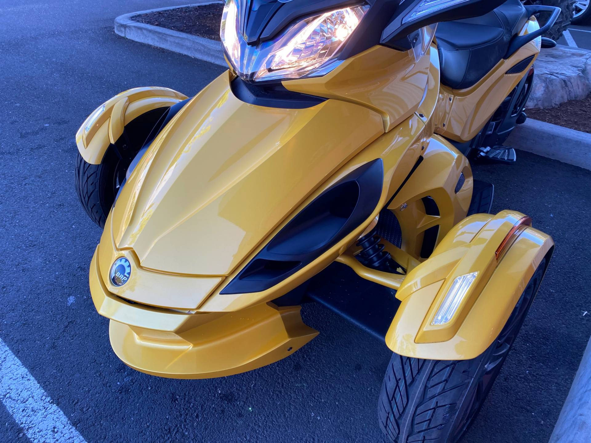 2013 Can-Am Spyder® ST-S SE5 in Portland, Oregon - Photo 6