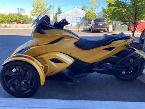 2013 Can-Am Spyder® ST-S SE5 in Portland, Oregon - Photo 8