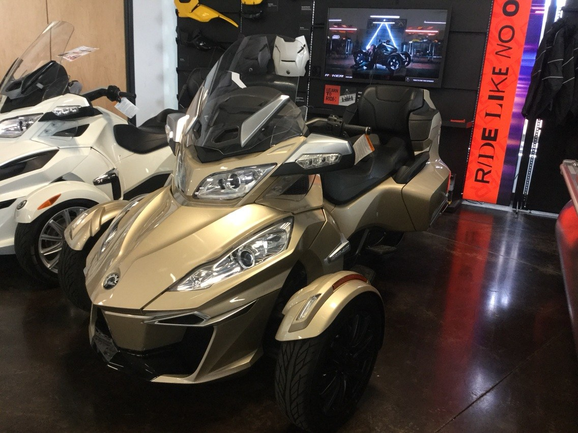2017 Can-Am Spyder RT-S in Portland, Oregon - Photo 1