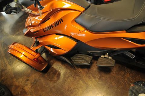 2014 Can-Am Spyder® ST-S SE5 in Portland, Oregon