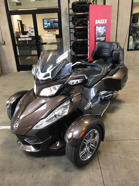 2012 Can-Am Spyder® RT Limited in Portland, Oregon