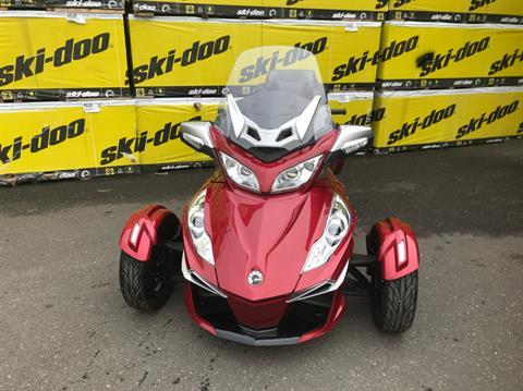 2015 Can-Am Spyder® RT-S SE6 in Portland, Oregon