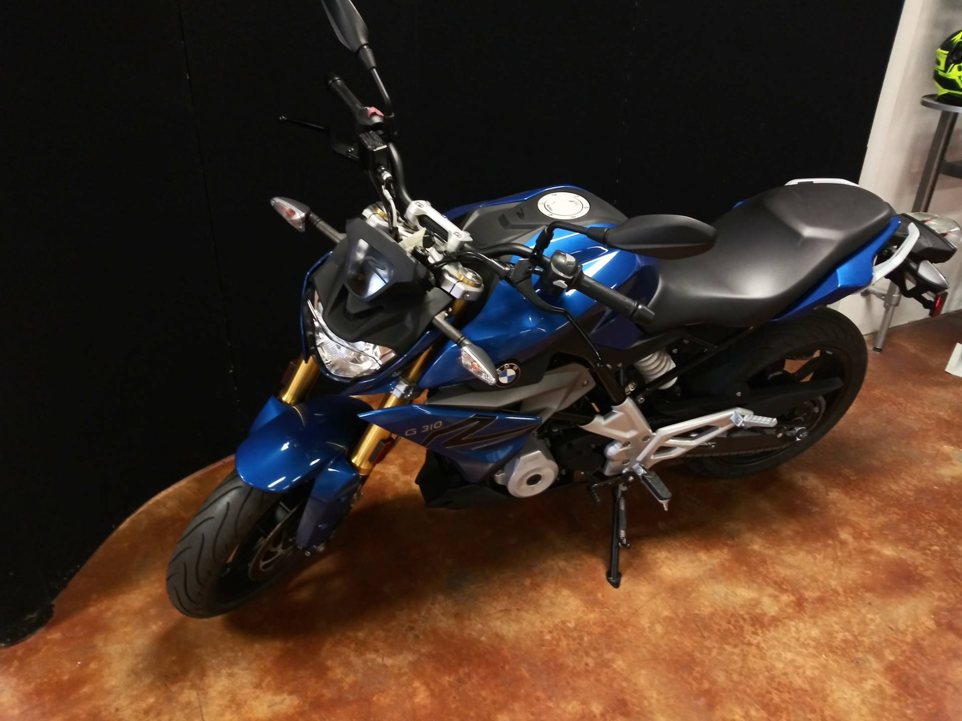 2018 BMW G 310 R in Baton Rouge, Louisiana - Photo 6