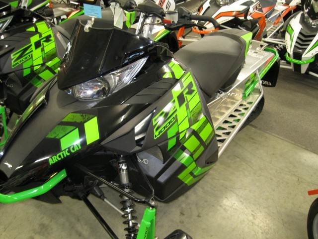 2017 Arctic Cat ZR 4000 Sno Pro 129 in Calmar, Iowa