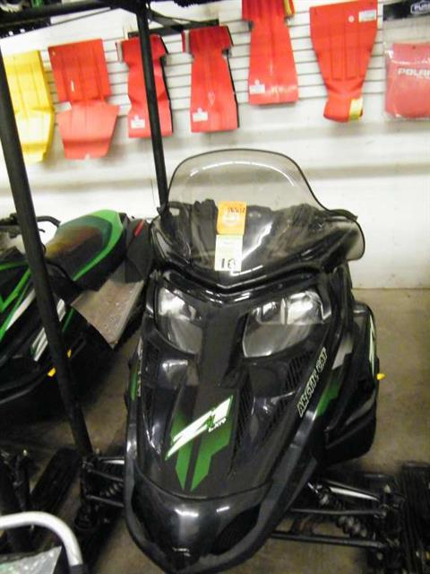 2009 Arctic Cat Z1 LXR in Calmar, Iowa